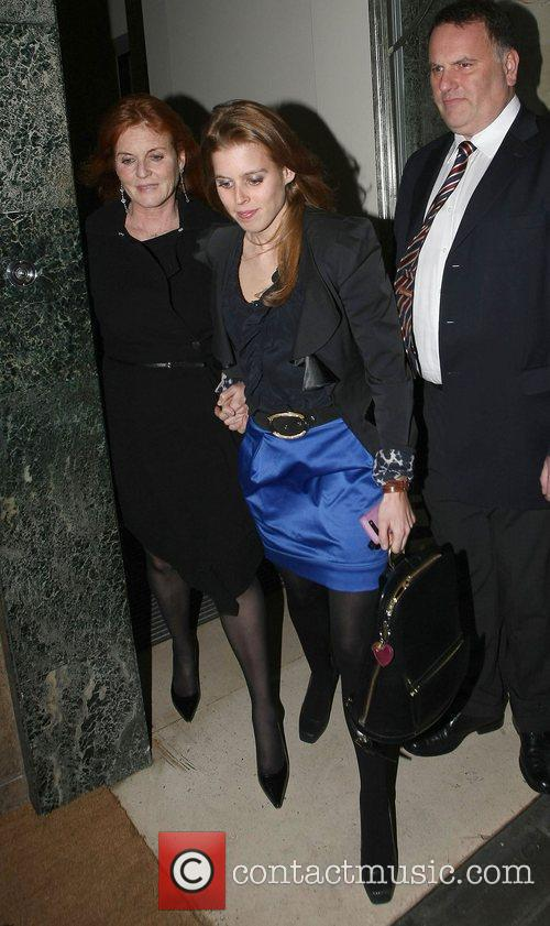 Sarah Ferguson and Princess Beatrice 11
