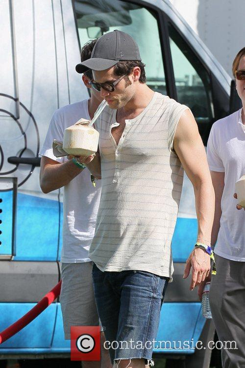 Penn Badgley 10