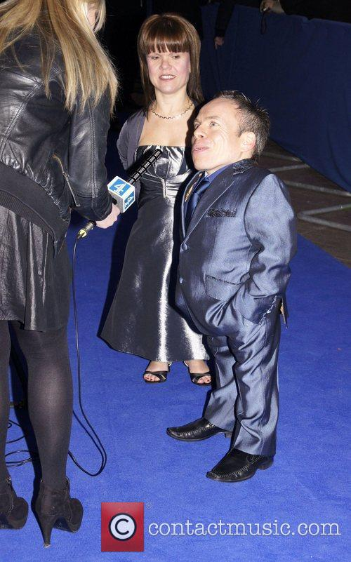 Warwick Davis and guest The British Comedy Awards...