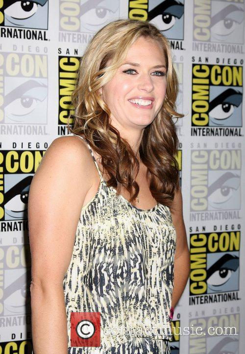 Maggie Lawson 2