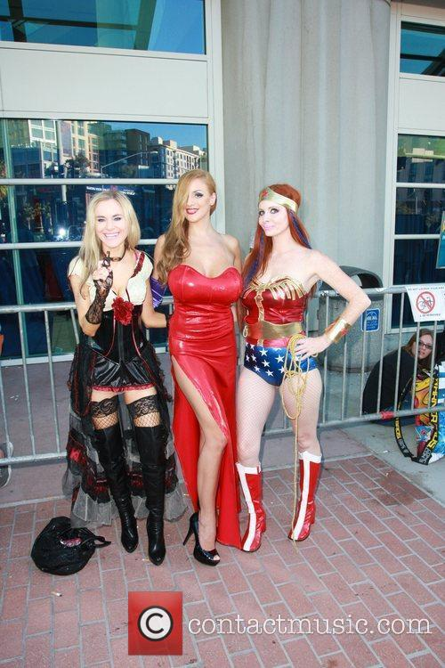 Phoebe Price, Paula Labaredas and Wonder Woman 11