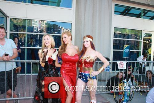 Phoebe Price, Paula Labaredas and Wonder Woman 5