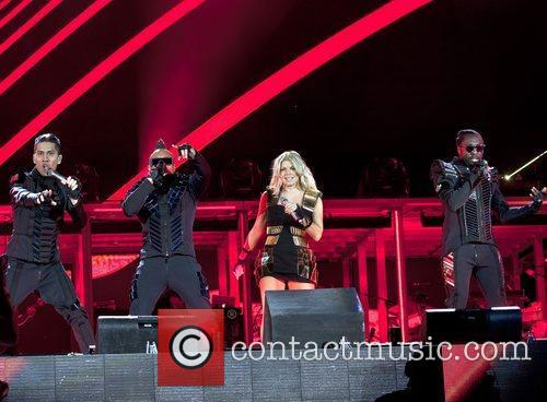 The Black Eyed Peas and friends 'Concert 4...