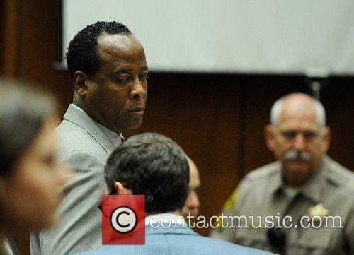 Dr. Conrad Murray prepares to leave for lunch...