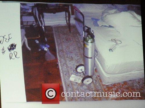 a photograph of michael jacksons bedroom is 5737365