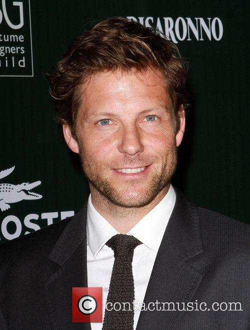 Jamie Bamber and Beverly Hilton Hotel 5