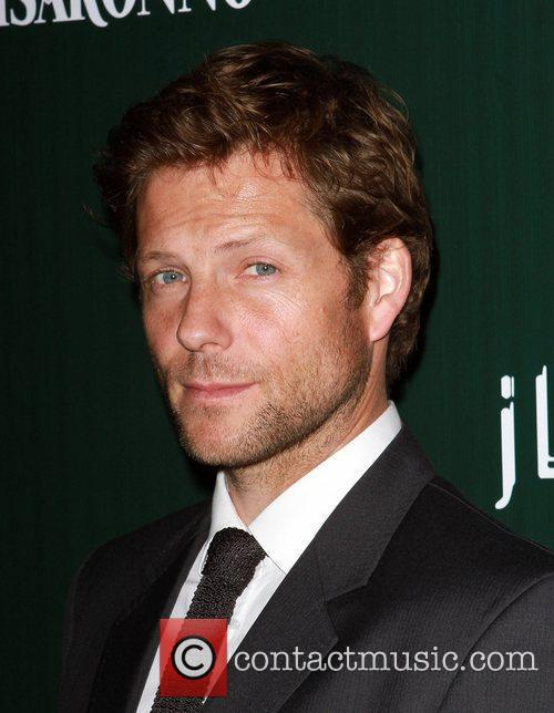 Jamie Bamber and Beverly Hilton Hotel 1