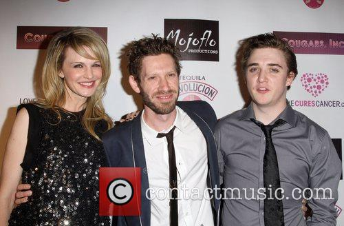 Kathryn Morris and Kyle Gallner 9
