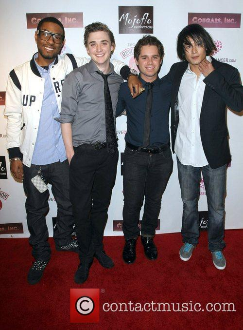 Kyle Gallner and Ryan Pinkston 2