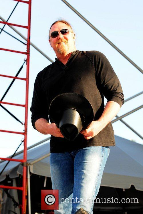 Trace Adkins KISS Country Chili Cookoff at C.B...