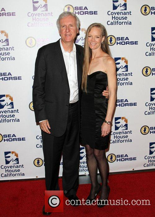 James Cameron and Suzy Amis 2
