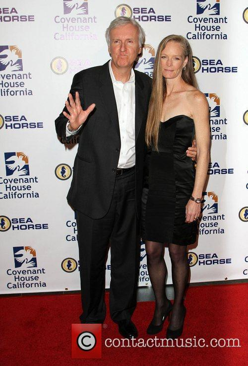 James Cameron and Suzy Amis 4