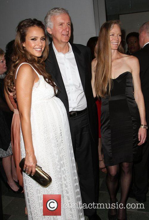 Jessica Alba, James Cameron and Suzy Amis 7