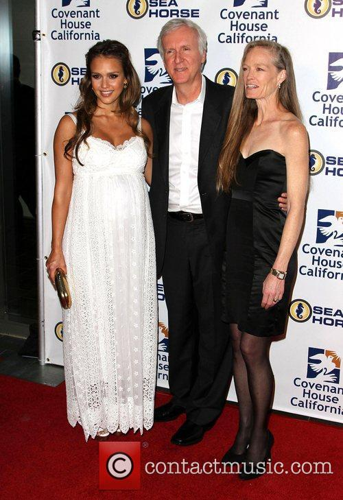 Jessica Alba, James Cameron and Suzy Amis 3
