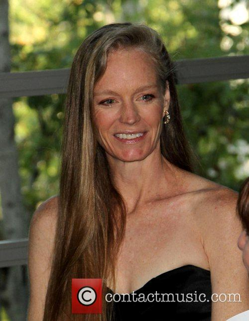 Suzy Amis Cameron Covenant House 2011 Gala and...