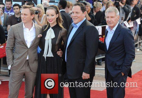 Daniel Craig, Harrison Ford, Jon Favreau and Olivia Wilde 5