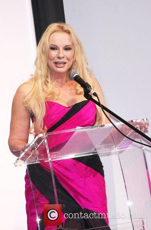Pamela Stephenson Curves in Couture Models Of Diversity...