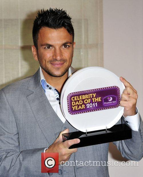 Peter Andre has been crowned 2011 Celebrity Dad...