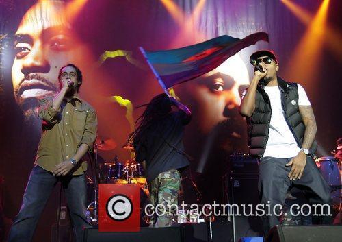 Nas and Damian Marley performing at Manchester O2...