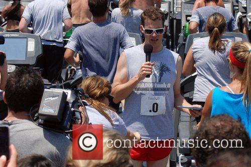 Daniel Tosh of Tosh.0 hosts a Treadmill Marathon...