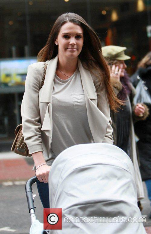 Danielle Lloyd visits a hair salon with son...