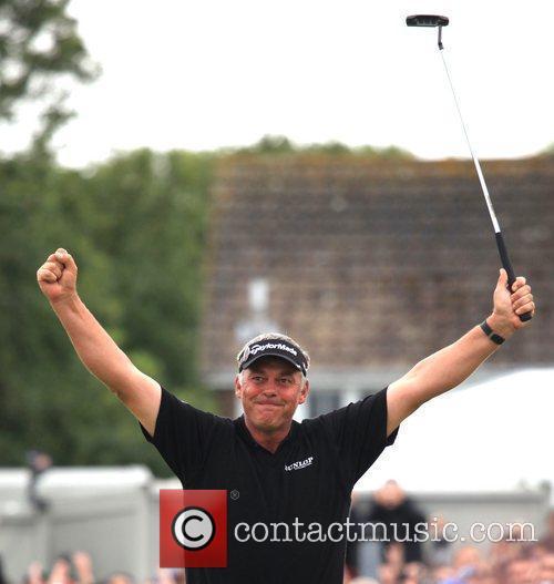 Darren Clarke wins the British Open at Royal...