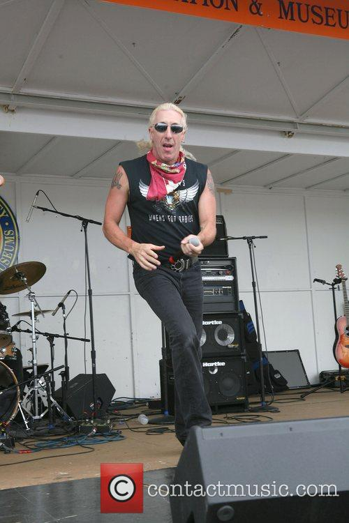 Dee Snider and Twisted Sister 11
