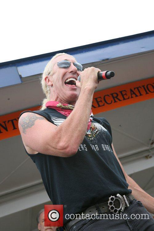 Dee Snider and Twisted Sister 19