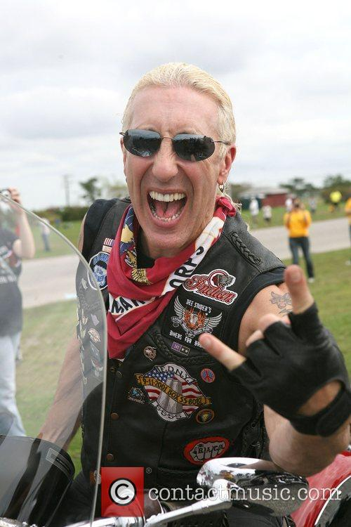 Dee Snider and Twisted Sister 23