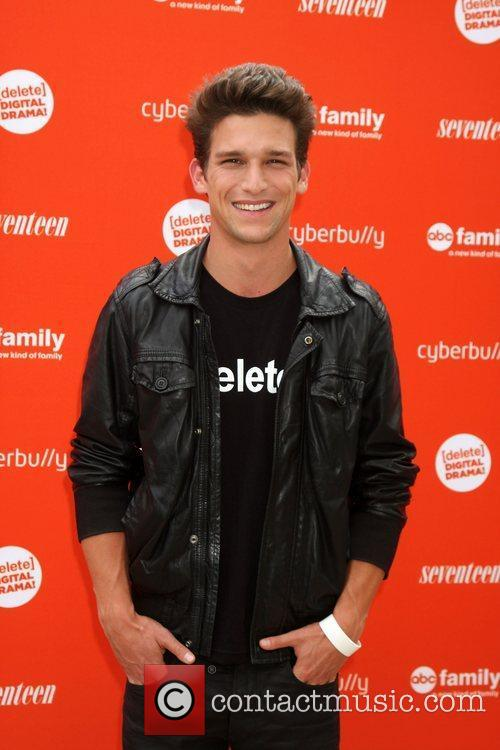 Daren Kagasoff and Drama 3