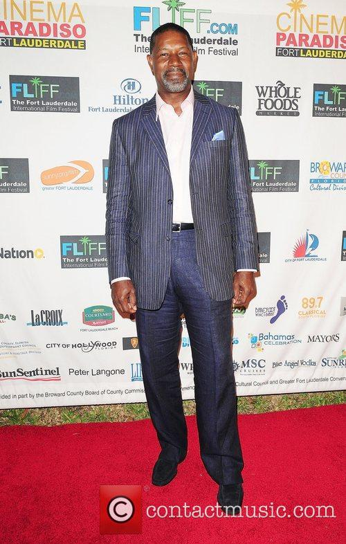 Dennis Haysbert, Fort Lauderdale and Paradiso 13