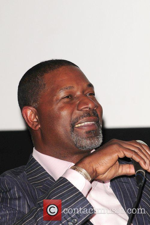 Dennis Haysbert, Fort Lauderdale and Paradiso 1
