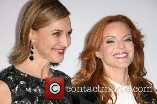 Brenda Strong and Kate Walsh 'Desperate Housewives' Final...