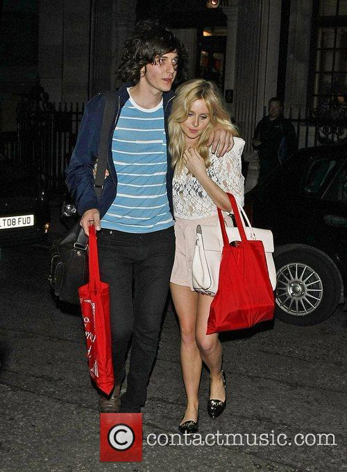 Diana Vickers and George Craig 34