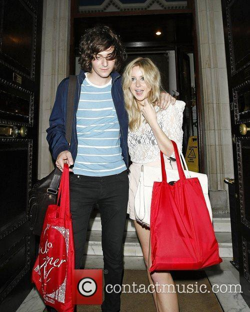 Diana Vickers and George Craig 7
