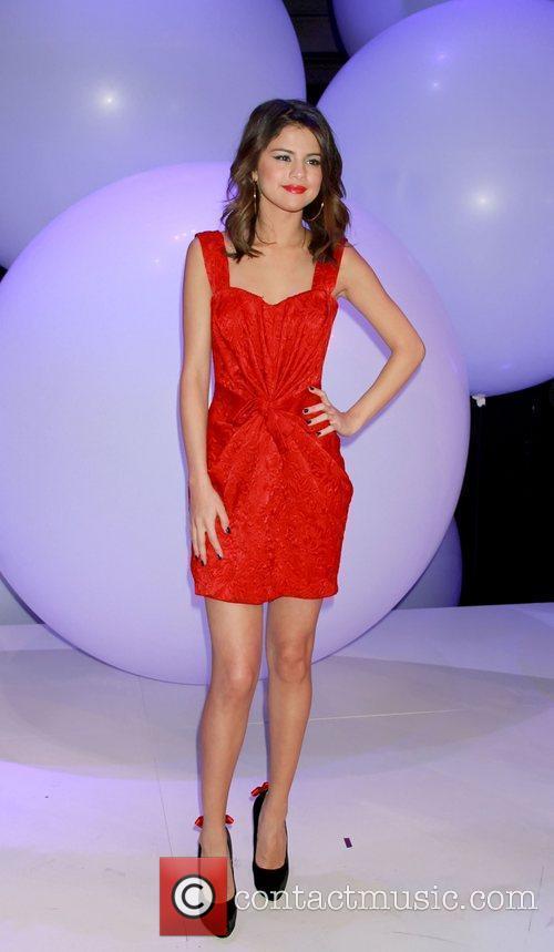 Selena Gomez and Zendaya Coleman 7