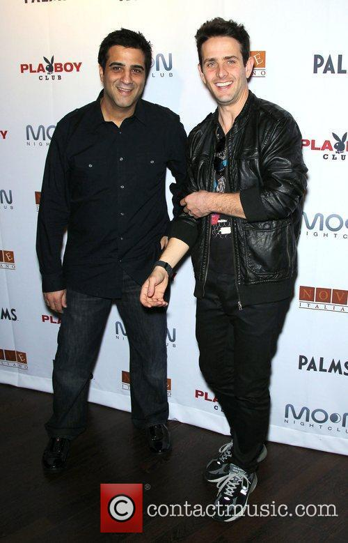 Joey Mcintyre, Las Vegas and Paul Delvecchio 4