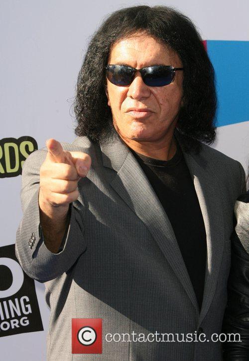 Gene Simmons 2011 Do Something Awards - Arrivals...