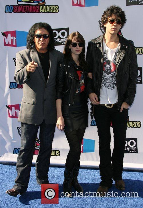 Gene Simmons, Alex Esso and Nick Simmons 2011...