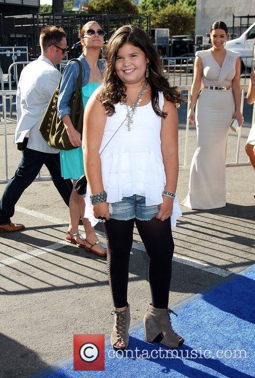 Madison De La Garza 5