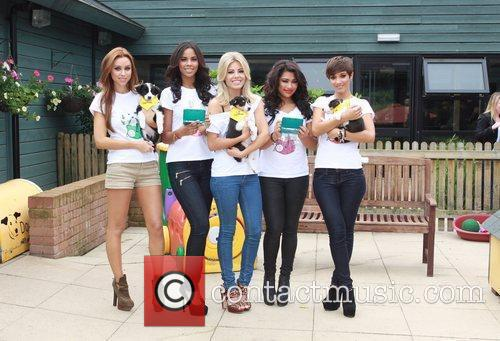 Una Healy, Frankie Sandford, Mollie King, Rochelle Wiseman, The Saturdays and Vanessa White 6