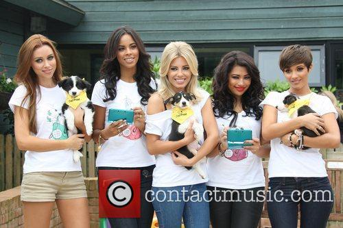 Una Healy, Frankie Sandford, Mollie King, Rochelle Wiseman and Vanessa White 8