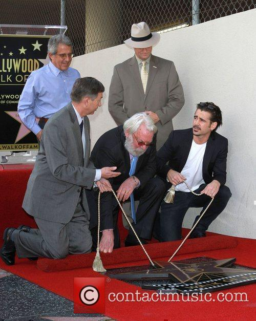 Donald Sutherland and Colin Farrell 5