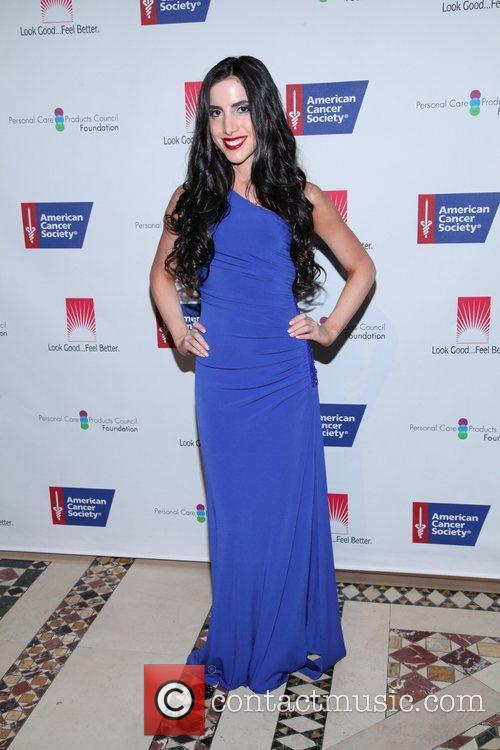 http://www.contactmusic.com/pics/le/dreamball_230911/caren-brooks_3527624.jpg