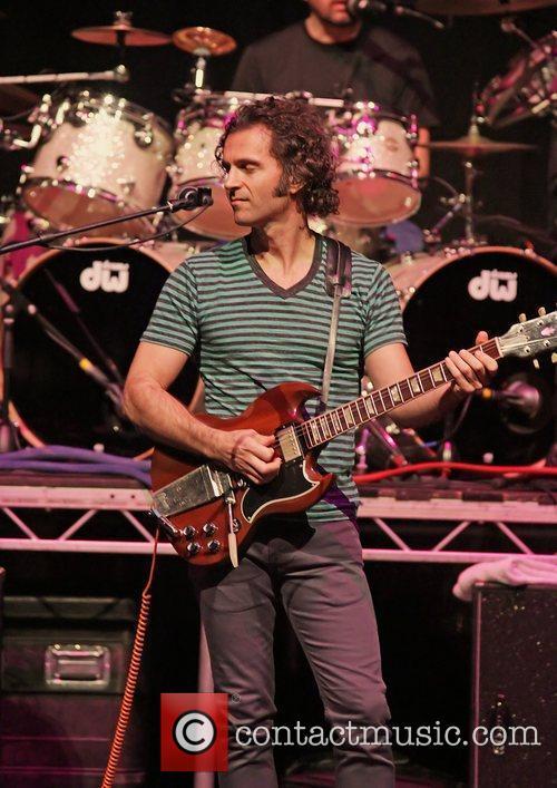 Dweezil Zappa 19