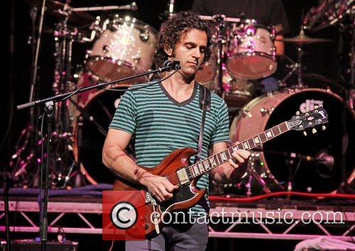 dweezil zappa performing on his zappa plays 3622958
