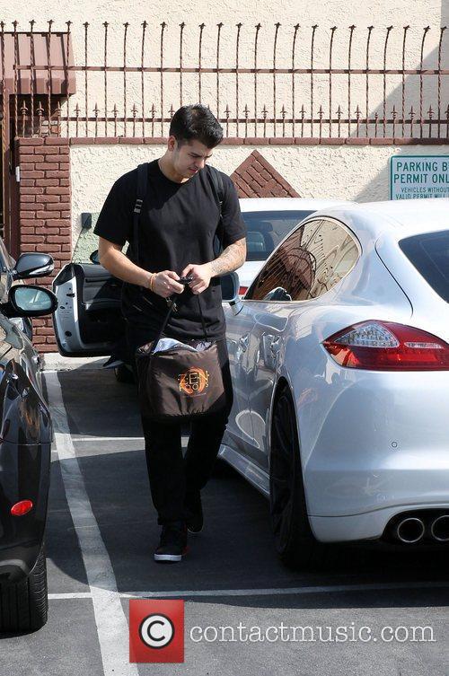Rob Kardashian 'Dancing With the Stars' celebrities outside...