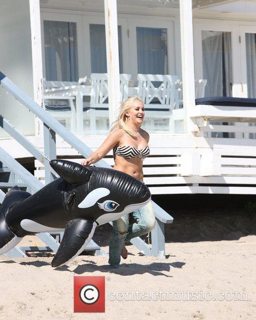Lacey Schwimmer 2