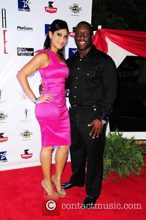 Tennessee Titans player Stephen Tulloch and girlfriend Vanessa...