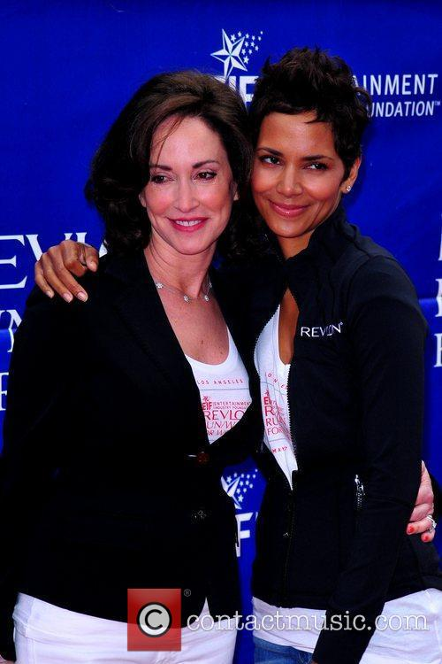 Lilly Tartikoff, Halle Berry